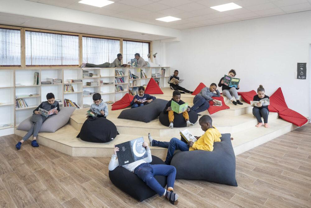 Rénove ton école - Bibliothèque volcanique © Association ICI!